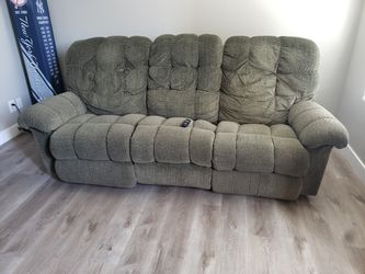 Used couch for Sale in Las Vegas,  NV