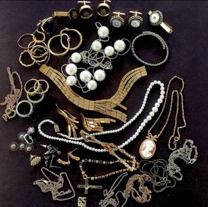 Large Lot Of Mixed Vintage Costume Jewelry for Sale in Vineland, NJ