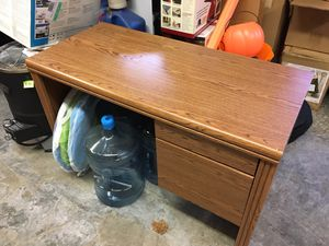School desk for Sale in Puyallup, WA