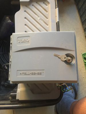 Toro intelli-sense irrigation controller 6 zones for Sale in Fillmore, CA