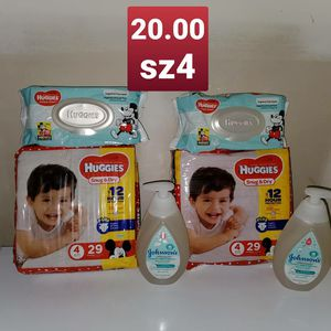Huggies sz 4 for Sale in Charlotte, NC