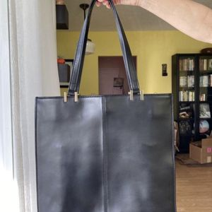Vince Camuto Genuine Leather Hand Bag Shoulder Tote Purse - Black for Sale in Hollywood, FL
