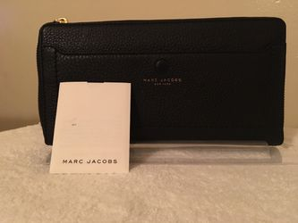 Marc Jacobs woman's wallet for Sale in Sacramento,  CA