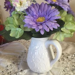 White Ceramic Vase With Purple Flowers for Sale in Tucson,  AZ