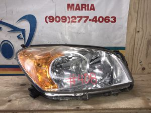2009-2012 Toyota RAV4 Headlight RH for Sale in Jurupa Valley, CA