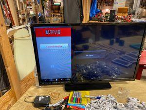 """Vizio 32"""" Smart tv for Sale in Trinity, NC"""