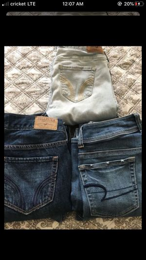 jeans for Sale in Bakersfield, CA