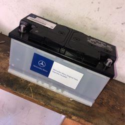 Mercedes Benz Original Dealer H8 Battery 🚘👍🏼 for Sale in South Gate,  CA