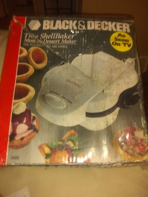 Black and Decker the shell maker for Sale in Cleveland, OH