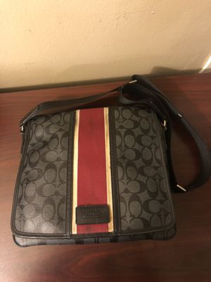 COACH MESSENGER BAG for Sale in Walnut, CA