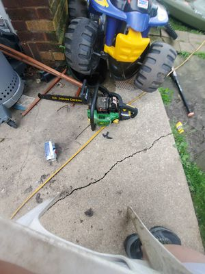 John deere chainsaw for Sale in Bensenville, IL