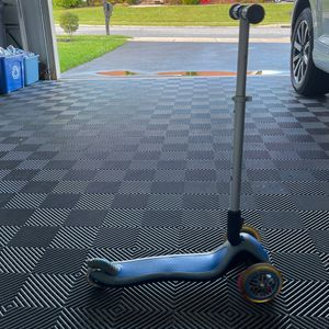 Globber Brand Scooter (blue) for Sale in Middle River, MD