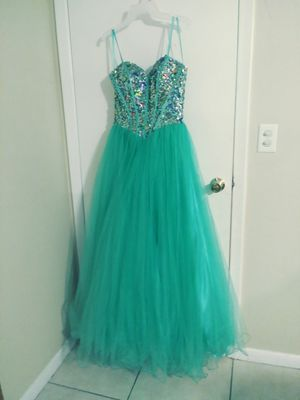 Quinceanera dress or sweet 16 for Sale in Tampa, FL