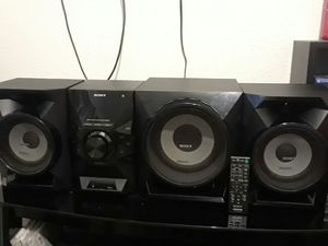 Sony stereo system for Sale in Pflugerville, TX