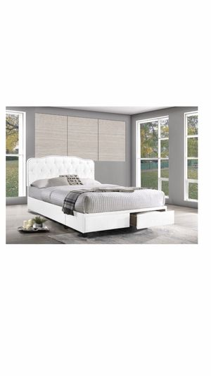 Queen Bed for Sale in Upper Marlboro, MD