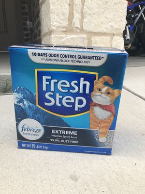 25lb Fresh Step Cat Litter for Sale in Austin, TX
