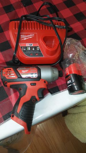 impact drill with battery & charger for Sale in Riverside, IL