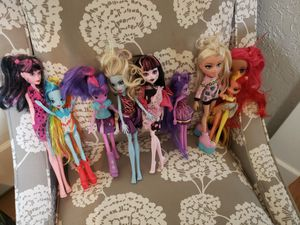 Bratz and Monster High Dolls...$10 for ALL!!! for Sale in Dinuba, CA