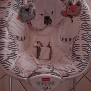 Fisher Price Musical Baby Chair for Sale in Alva, FL