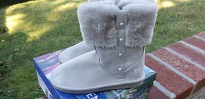 Girls Size 12 Silver Frozen Zip Up Boots for Sale in Bay Shore, NY