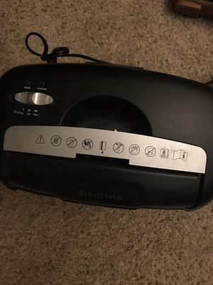 Insignia paper card CD shredder for Sale in Silver Spring, MD