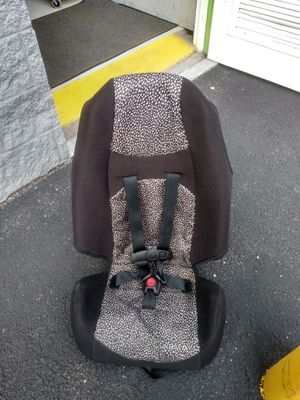 Two used booster car seats twenty dollars each are both for 20.00 for Sale in Germantown, MD