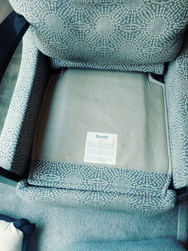Bassett recliner