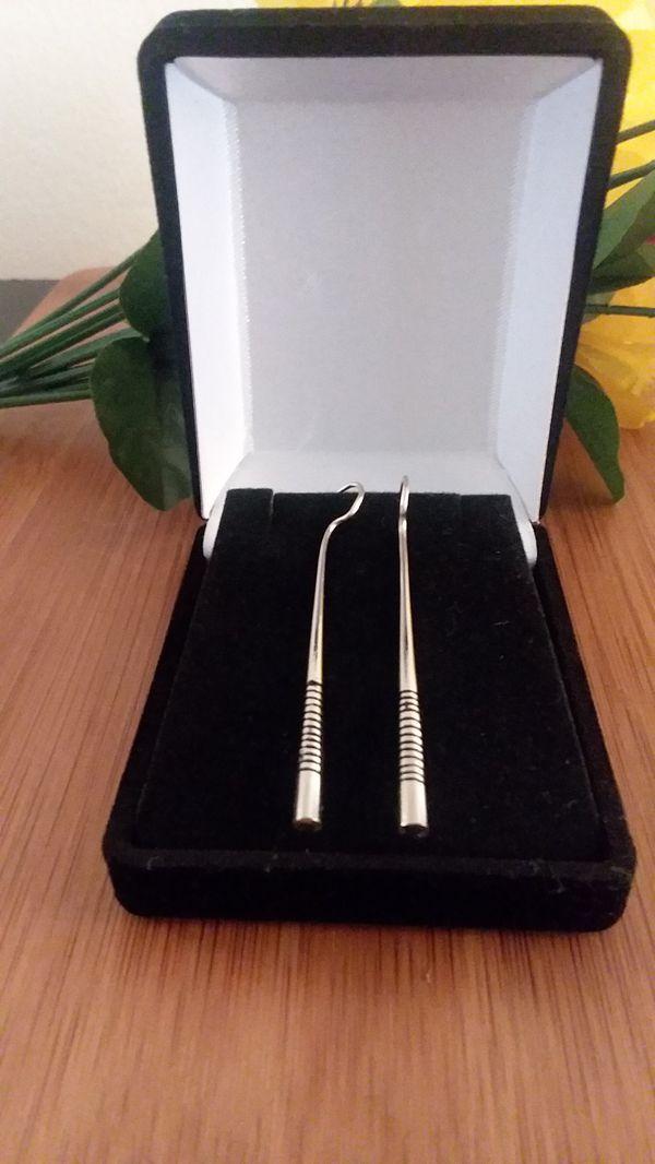 1PR Beautiful Authentic African Taureg Silver Rod Earrings