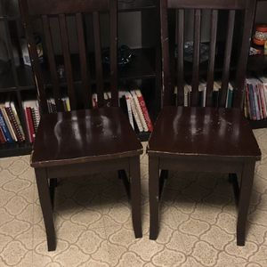 2 Regular Chairs for Sale in Canby, OR