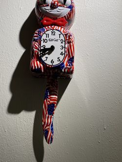 The Original Limited Edition Americana Kitty Cat Wall Clock for Sale in Suffolk,  VA