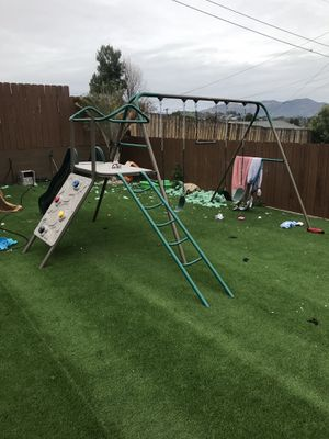 Lifetime swing set like new for Sale in Lakeside, CA
