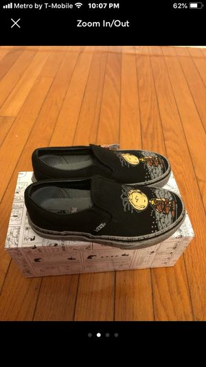 New Vans Peanuts Snoopy sz 12 for Sale in Pasco, WA