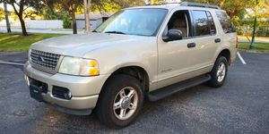 FORD EXPLORER XLT 2005 CLEAN TITLE for Sale in Miami Gardens, FL
