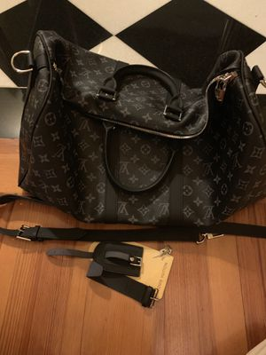 Louis Vuitton keep all duffel bag like new for Sale in Atlanta, GA