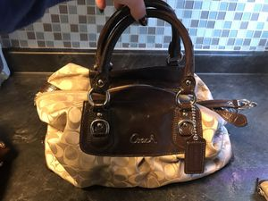 Authentic Coach Handbag and Wallet for Sale in Cleveland, OH