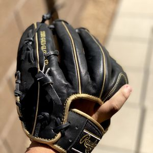 Rawlings heart of the hide for Sale in Chandler, AZ
