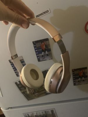 Beats Solo 3 Bluetooth Headphones for Sale in Riverview, FL
