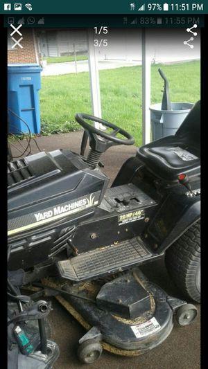 Lawn mower tractor for Sale in Dearborn, MI