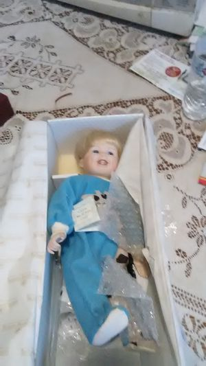 Antique doll for Sale in Bridgeport, CT