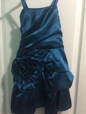 Girl dress / vestido de niña for Sale in Hialeah, FL