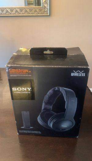 Sony wireless stereo headphones mdr -rf985r for Sale in Affton, MO