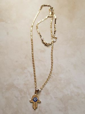 18k GOLD FILLED CHAIN and eye PENDANT 20 inch CHAIN for Sale in Las Vegas, NV