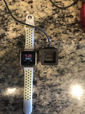 Fitbit blaze for Sale in Burleson, TX
