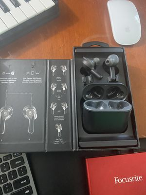 New! Skullcandy Wireless Earbuds for Sale in Miami, FL