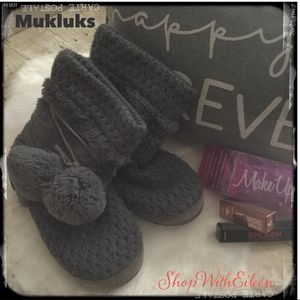 Muk Luks Soft Cozy Slippers for Sale in Corinth, TX