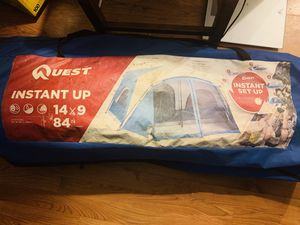 8 person instant camping tent for Sale in Columbus, OH