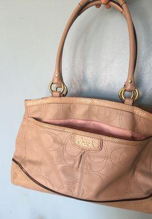 Coach bag for Sale in Oceanside, CA
