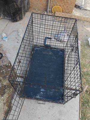 Medium size cage for Sale in Las Vegas, NV