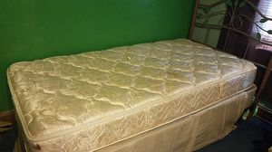 Twin size bed complete with box frame for Sale in Baltimore, MD