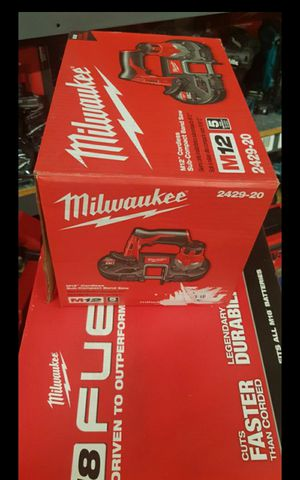 MILWUAKEE M12 CORDLESS BAND SAW TOOL ONLY BRAND NEW for Sale in San Bernardino, CA